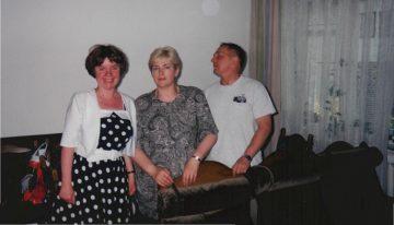 KĄCIK LITERACKI cz. III – Laurka z podwórka – autor Helena Ćwiek